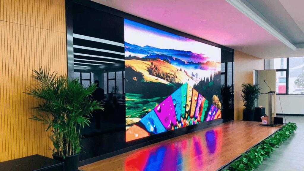 реклама на светодиодном экране симферополь